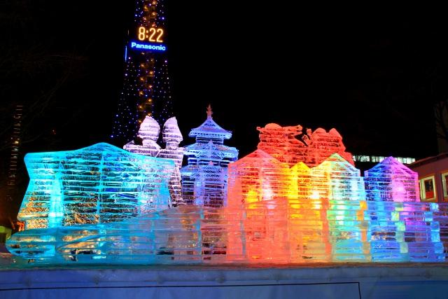 3.홋카이도 눈축제가 개최되는 [오도리공원]