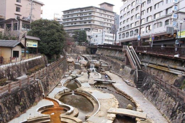 4. 효고현 산속의 쳔년역사를 자랑하는 「아리마 온천」