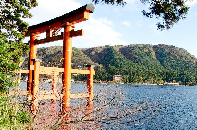 5. 카나가와현에서 손꼽히는 파워스폿「하코네진쟈(신사)」