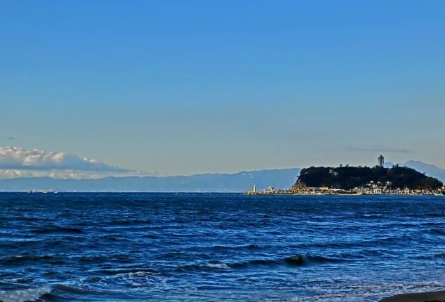 10. 후지 산을 볼 수 있는 절호의 전망 포인트 「시치리가하마 카이간」