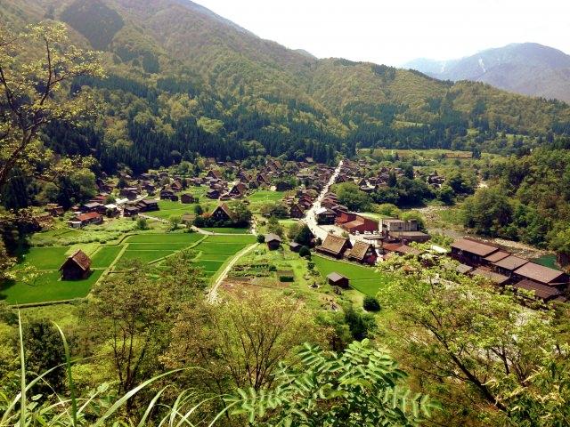 10. 눈앞에서 펼쳐지는 웅대한 자연 '오기마치 성터 전망대'