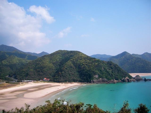 9. 해외의 리조트지에 온 듯한 기분「다카하마 해수욕장」